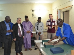 LES PARTICIPANTS DE LA CONFERENCE INTERNATIONALE  DE L'UNESCO ONT VISITE  LES  MANUSCRITS DE TOMBOUCTOU  ÉVACUÉS A BAMAKO !!!